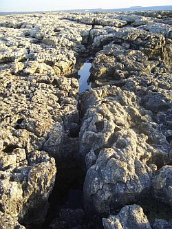 Coastal-rock-formations-near-Paphos-Cyprus_0070