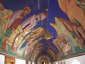 Trodos-monastery-in-Cyprus_0014