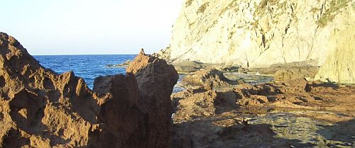 Yalikavak-Turkey-volcanic-rocks-0076